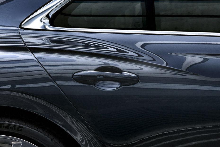Photo of Bentley Flying Spur