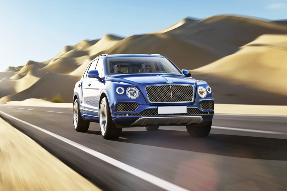 Front 1/4 left Image of Bentayga