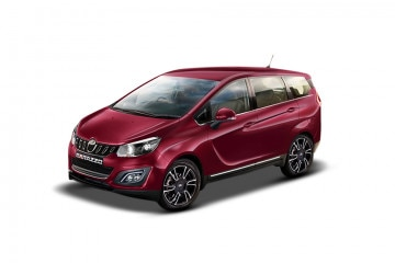 Mahindra Marazzo M6 Plus offers