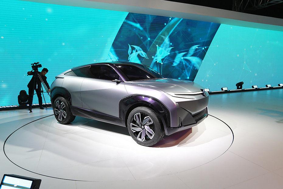 Front 1/4 left Image of Futuro-e