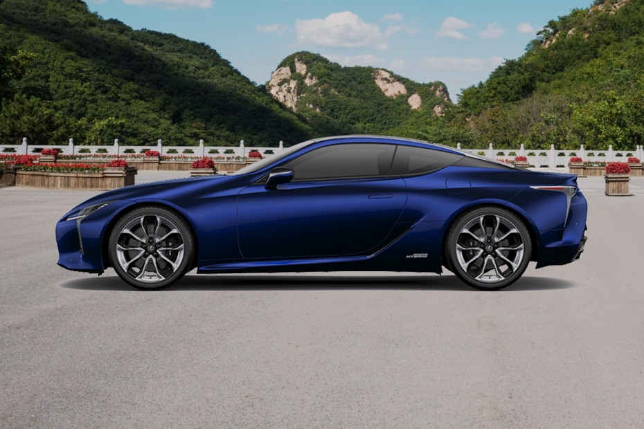 Side view Image of LC 500h