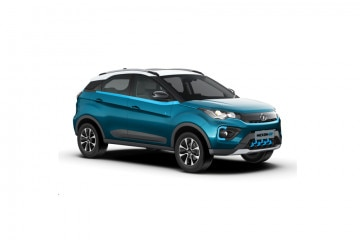 Photo of Tata Nexon EV XM