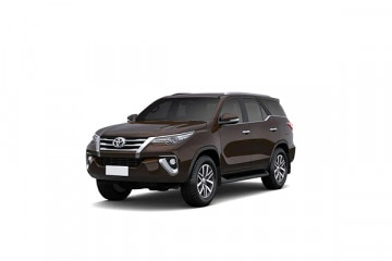 Toyota Fortuner On Road Price In Varanasi August 2020 Ex