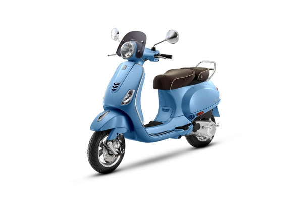 Photo of Vespa Elegante 125