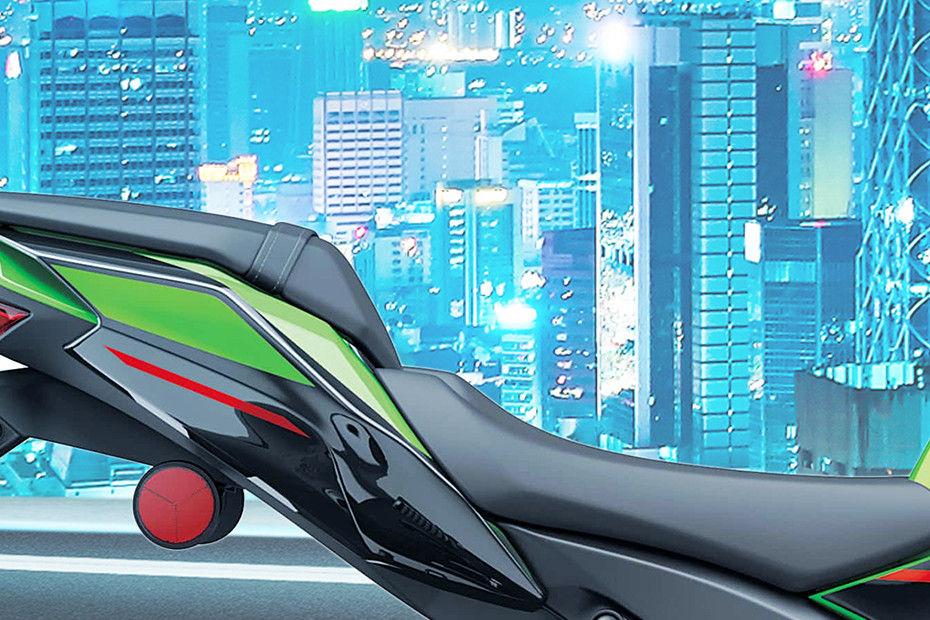 Photo of Kawasaki Ninja ZX 10R