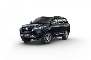 Photo of Toyota Fortuner 4X2