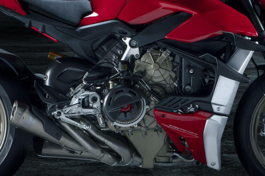 Photo of Ducati Streetfighter V4