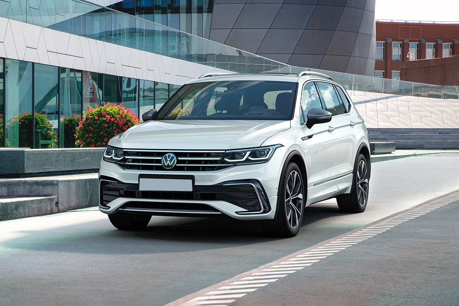 Front 1/4 left Image of Tiguan Allspace 2022