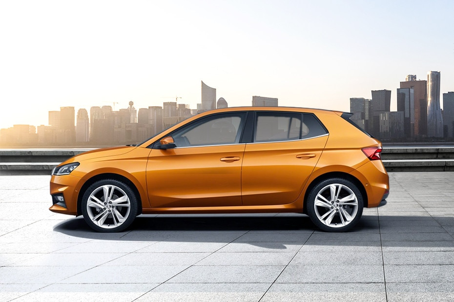 Side view Image of Fabia 2022