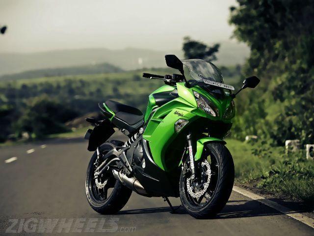 ZigWheels Philippines reviews Kawasaki Rouser RS200 - YouTube