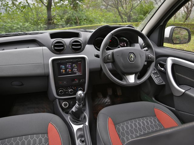 2014 Renault Duster 4x4  Review Picture Gallery   Zigwheels