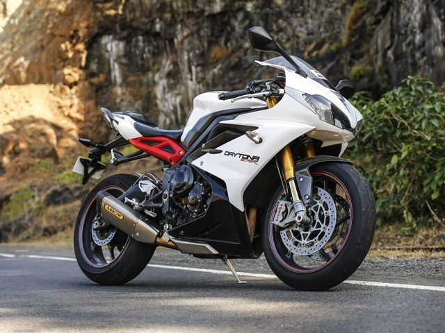 triumph daytona 675 price images specifications mileage zigwheels. Black Bedroom Furniture Sets. Home Design Ideas