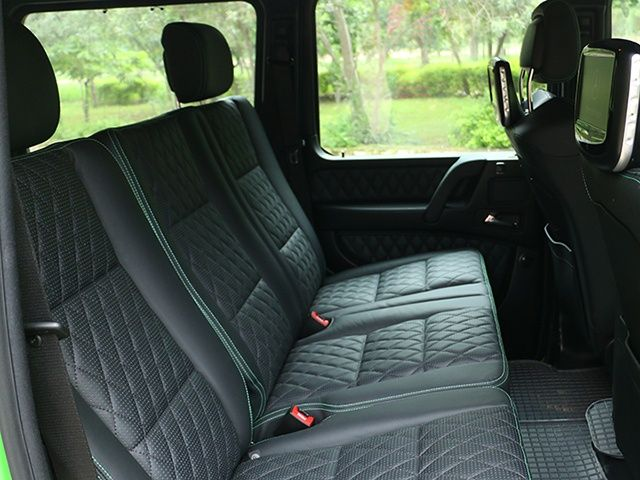 2015 Mercedes-AMG G63 rear seats