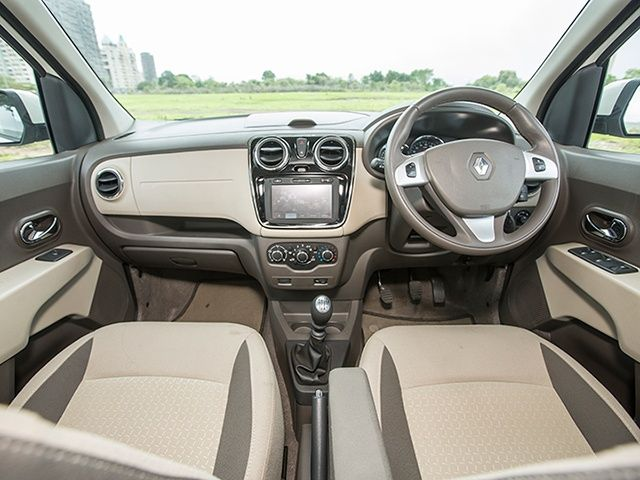 Renault Lodgy vs Honda Mobilio: Interior Comparison Photo Gallery