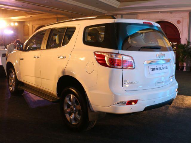 Chevrolet Trailblazer first look picture gallery @ ZigWheels