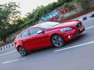https://media.zigcdn.com/media/photogallery/2015/Jul/volvo-v40-review-20072015-g11_320x240.jpg