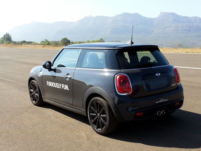 ... Mini Cooper S 3-Door First Look Gallery ... & Minis Get Refreshed For 2018; Launched At Rs 29.7 Lakh - ZigWheels