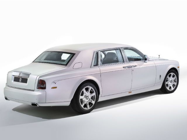 Rolls-Royce Phantom Serenity rear static