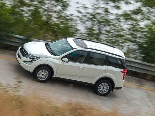 Mahindra XUV500 Automatic First Drive Review Picture Gallery