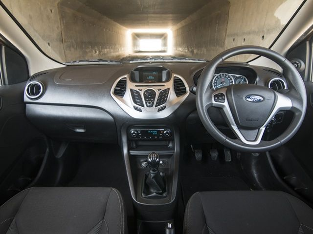 2015 Ford Figo Hatchback Interior Review Gallery & 2015 Ford Figo Hatchback: Interior Review Gallery @ ZigWheels markmcfarlin.com