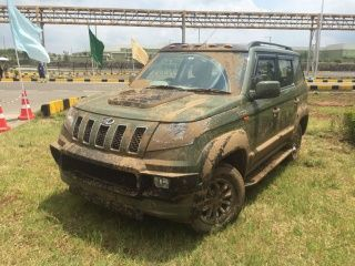 Mahindra TUV300: Accessories Gallery