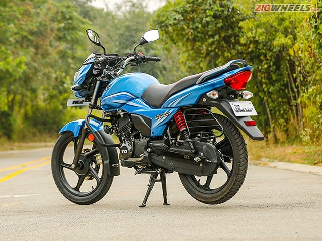 2016 TVS Victor: Launch Photo Gallery