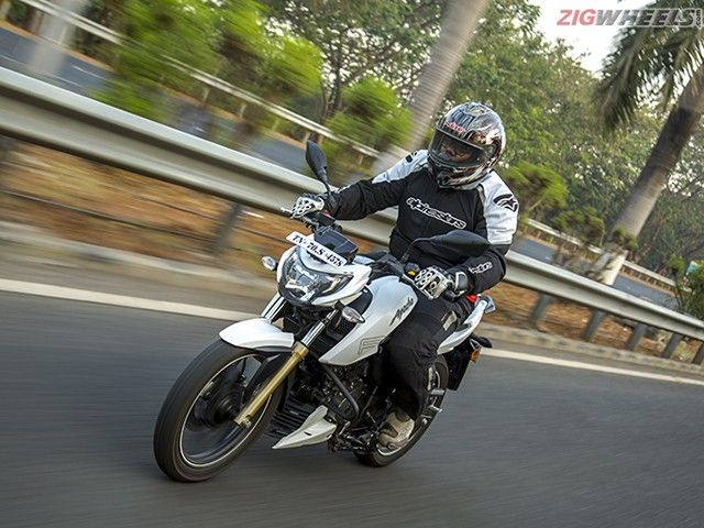 TVS Apache RTR 200 4V Review Photo Gallery