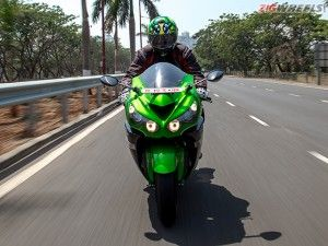 2016 Kawasaki Ninja ZX-14R: Review Photo Gallery