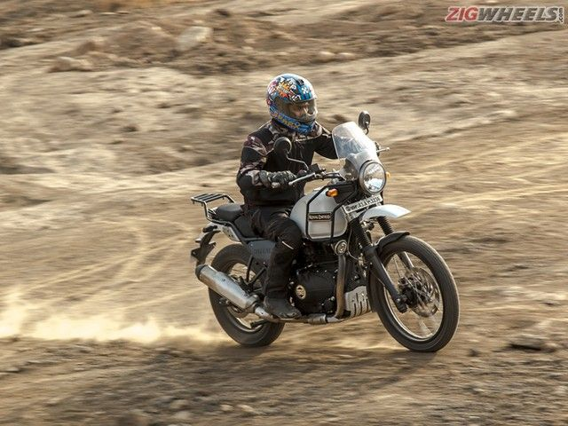 Royal Enfield Himalayan vs Mahindra Mojo: Comparison Review Photo Gallery