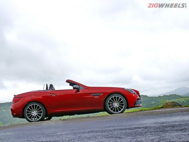 Mercedes-AMG SLC43: Photo Gallery