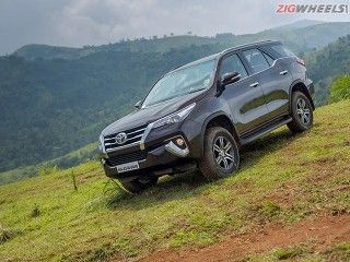 Toyota Fortuner: Review Photo Gallery