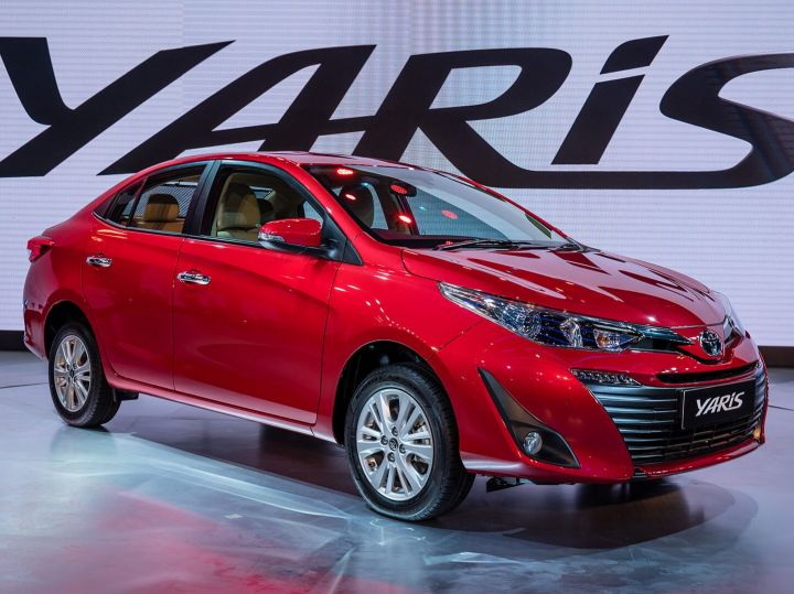 Auto Expo 2018 Toyota Yaris In Pictures Zigwheels
