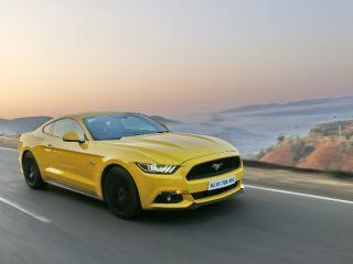 Ford Mustang - Video Review Team ZigWheels